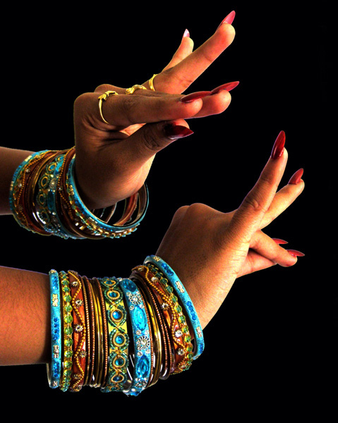 doigts bharatanatyam
